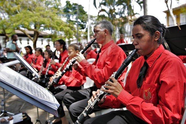 bandas em Mariana