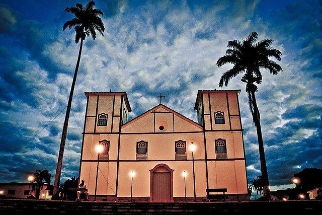 imagem: igreja barroca em Pirenólis