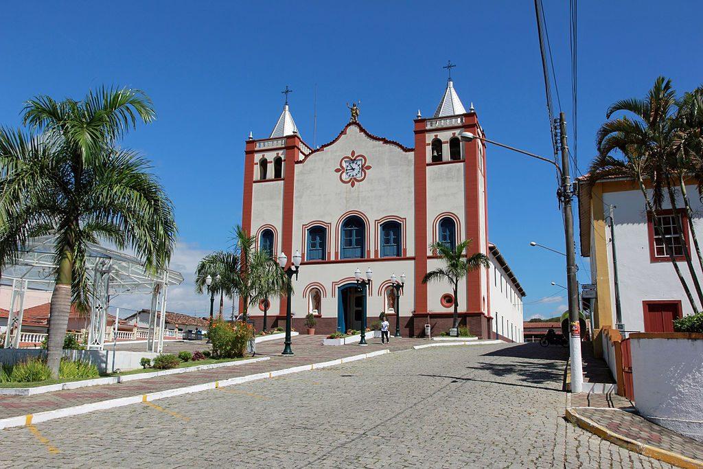 Igreja Matriz de São João Batista em Queluz no Vale Histórico